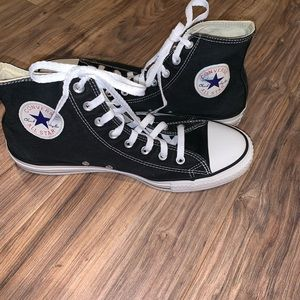 Converse High Top Sneakers Shoes Size 11.5